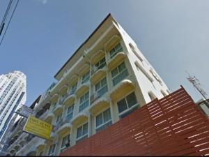 Cozy at Ten Hotel 01