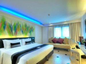 Skyy Hotel Is Located On Sukhumvit Soi 1 Close To Phloen Chit And Nana Bts Station Rooms Are Modern Comfortable Clean Free Wi Fi Provided In All