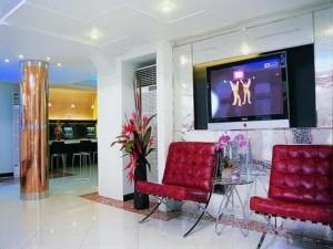 Smart Suites Hotel 01