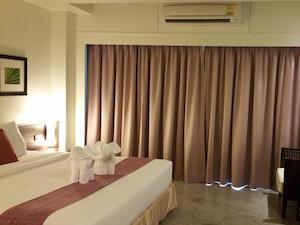 grand-hotel-pattaya-01